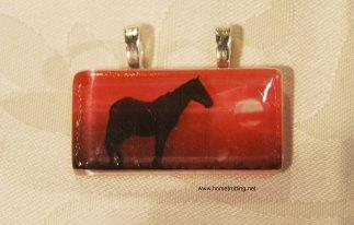 horse-pendant