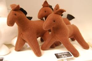 horse-stuffed-horses