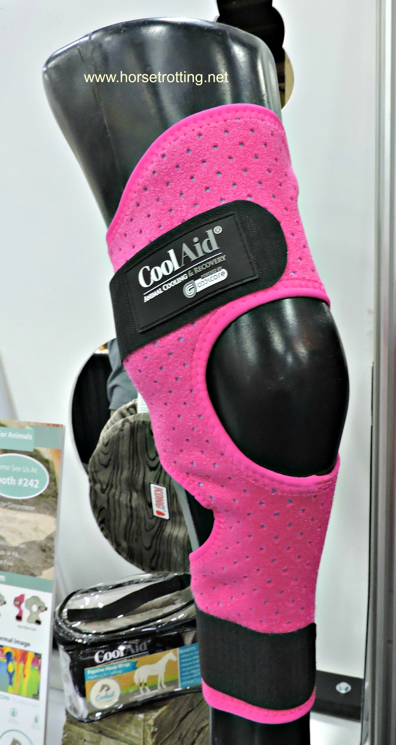 CoolAid horse hock icing support